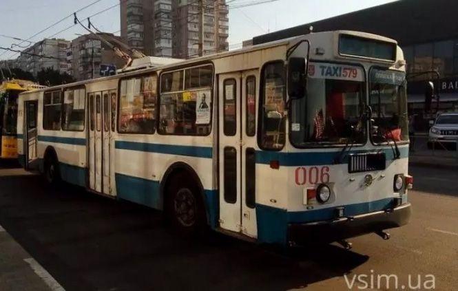Хмельницкий: Троллейбусы станут удобными и прибыльными