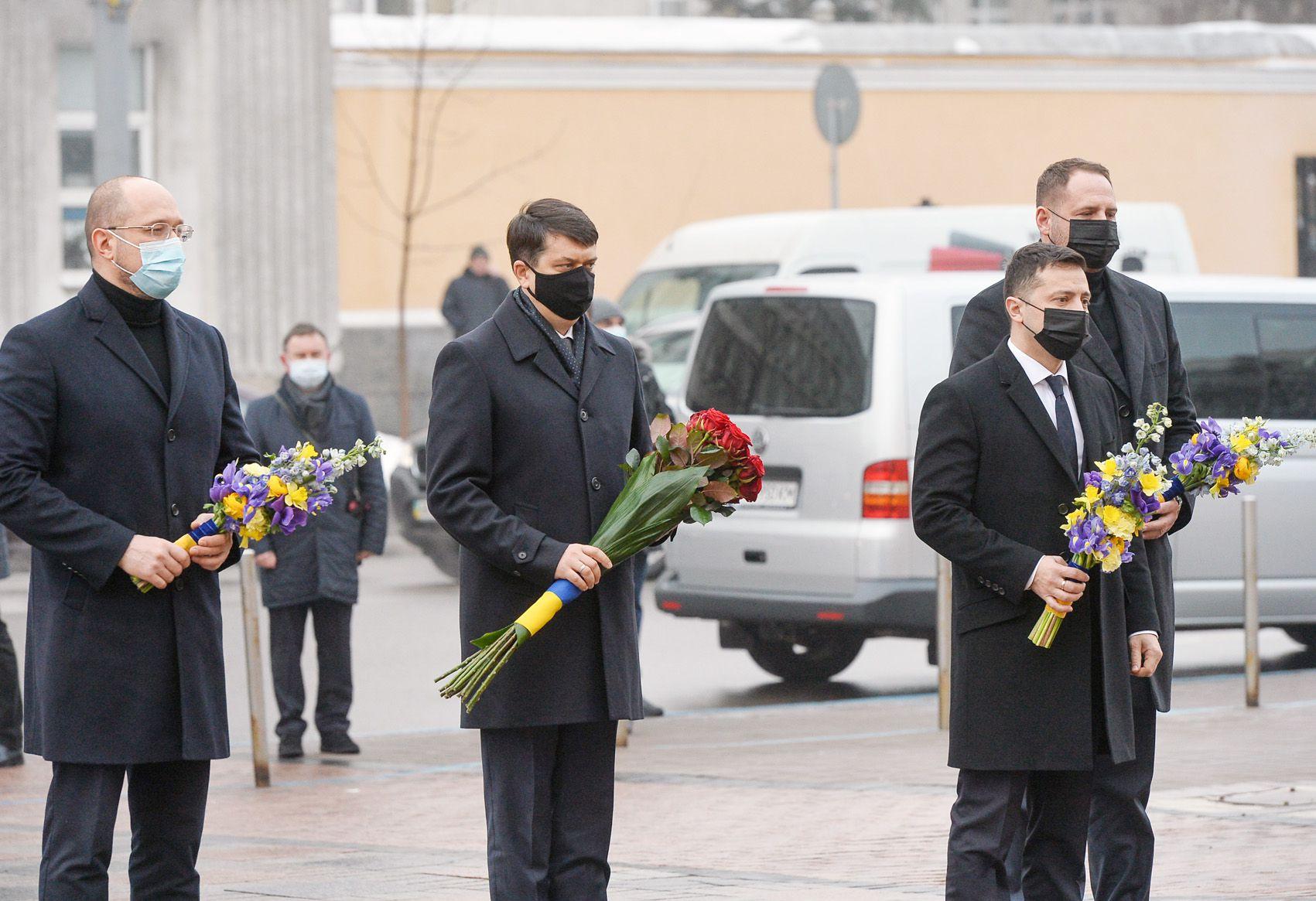 Дмитрий Разумков: «Как и 102 года назад, сегодня мы должны  находить общее — то, что объединяет украинцев»