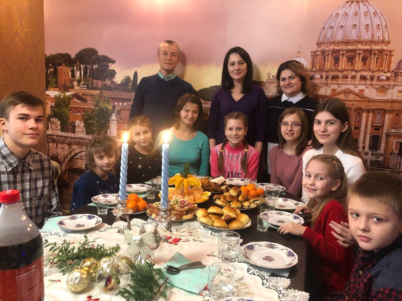 Здійснити мрію родини, в якій виховують 11 дітей