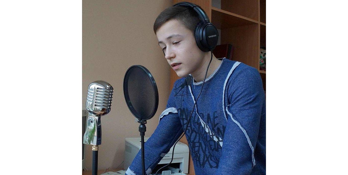 Полтавщина: Ждут перемену, чтобы послушать школьное радио