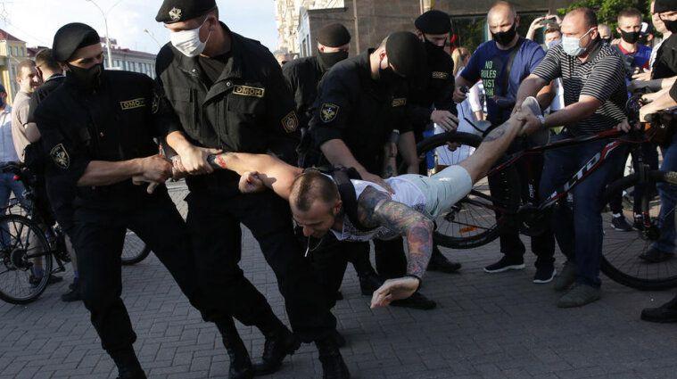 Білорусь відкрито порушує базові принципи