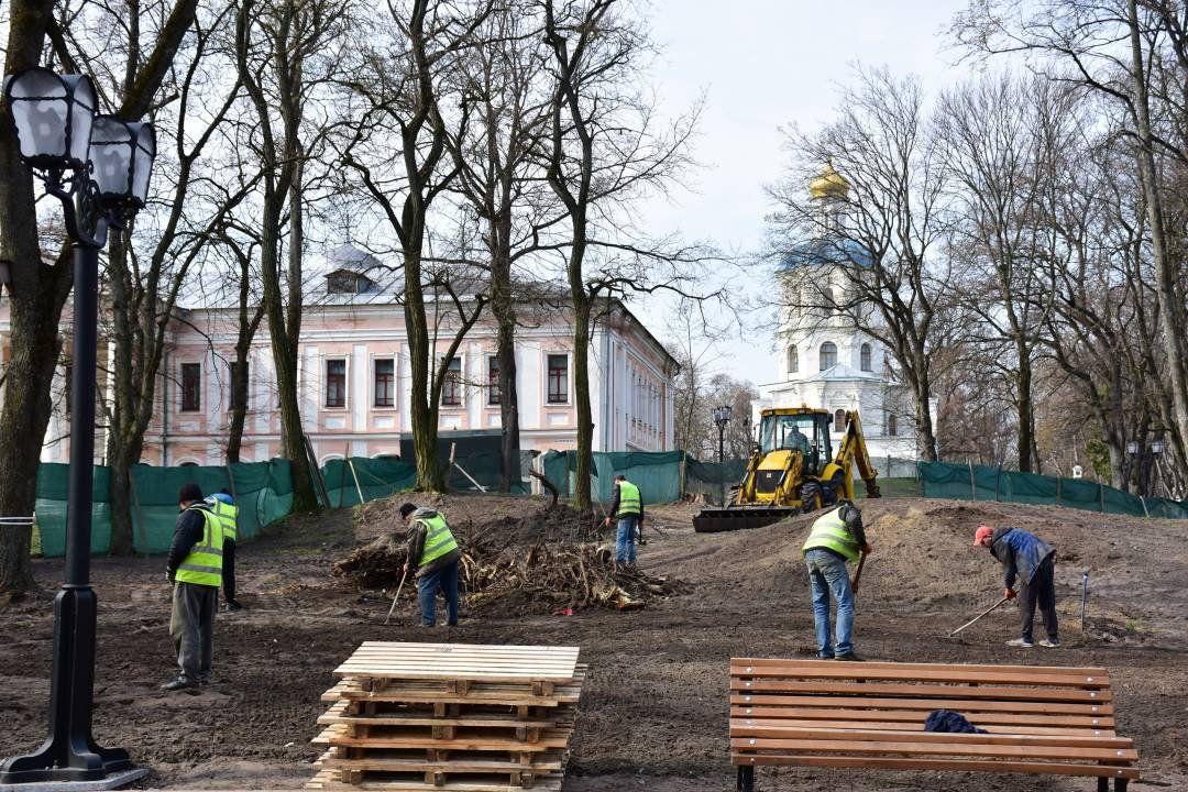 У Чернігові триває ремонт нижнього Валу