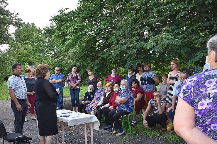 Луганщина: Мешканців Чабанівки турбує відсутність пошти на селі