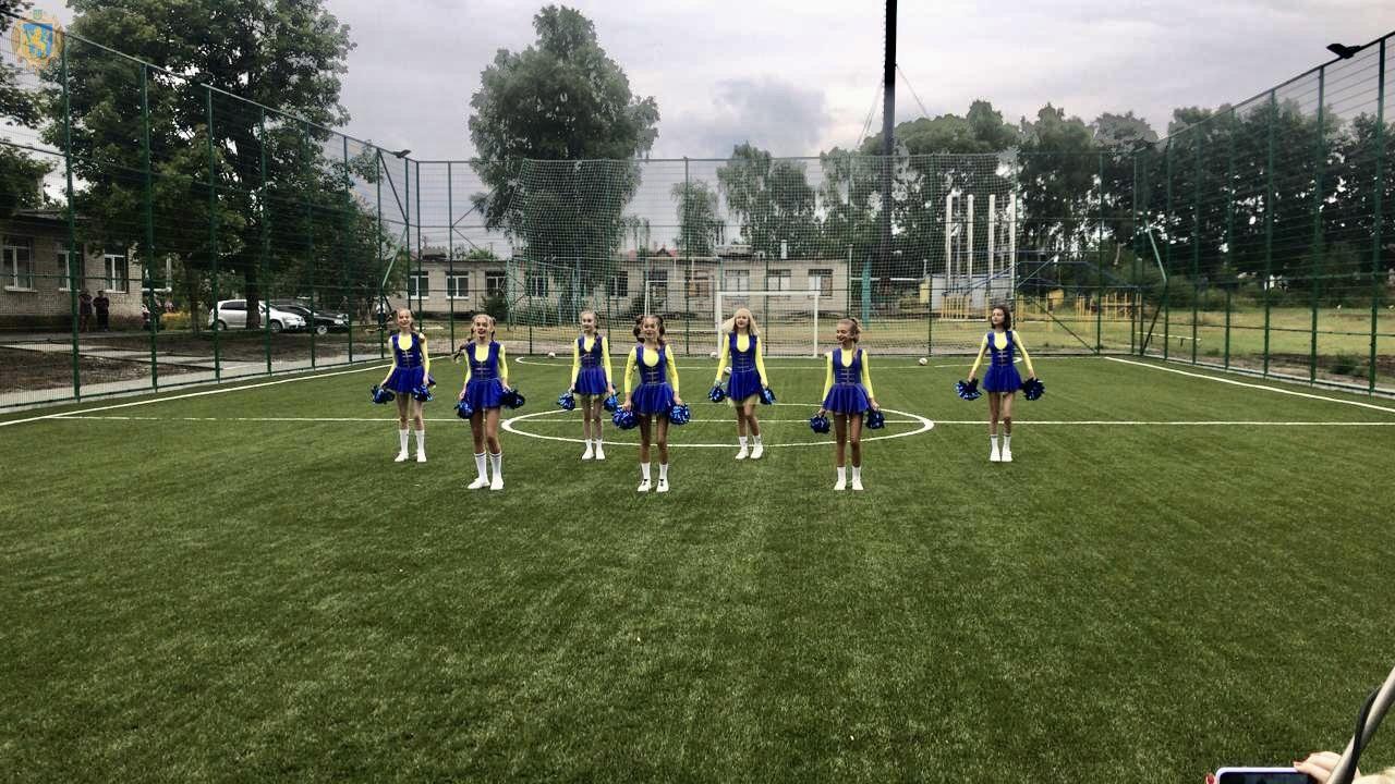 Футбол на Яворовщине — хоть круглосуточно