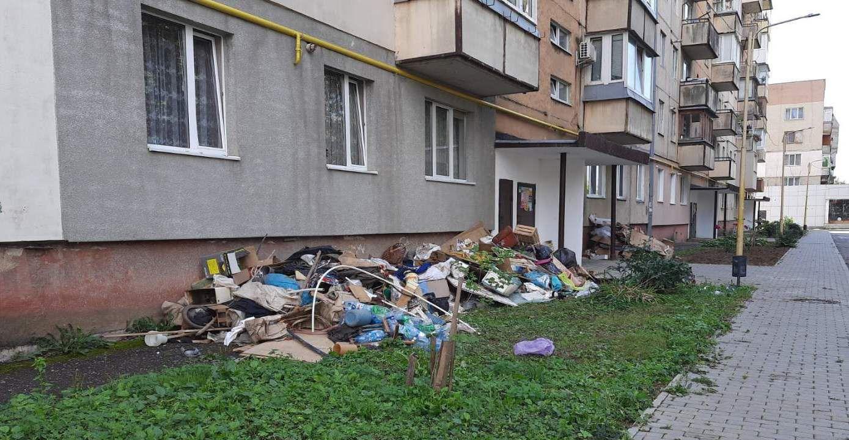 Ужгород: Не там выбросил мусор — заплати штраф