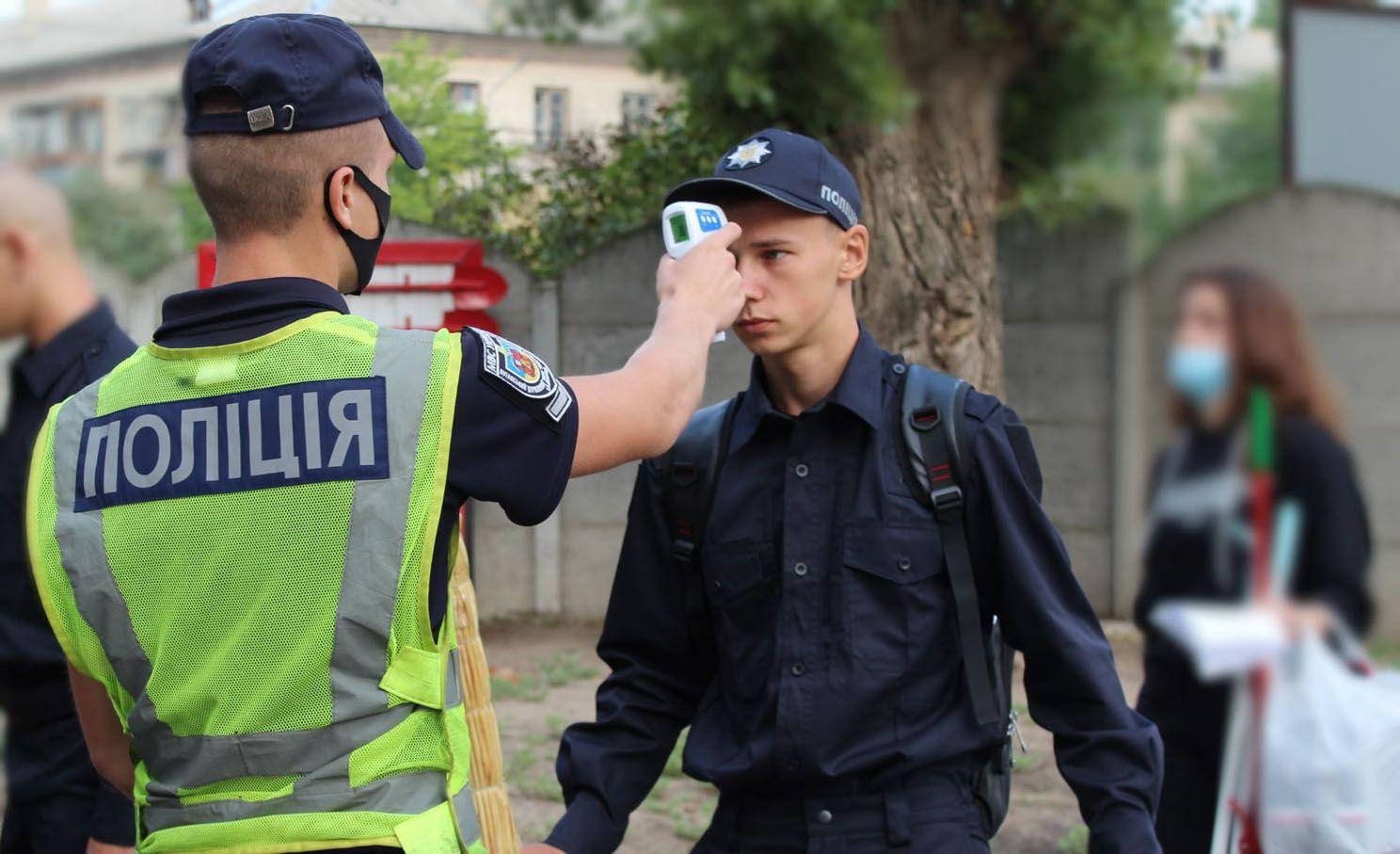 Луганщина: Первокурсники отправились на лагерные сборы