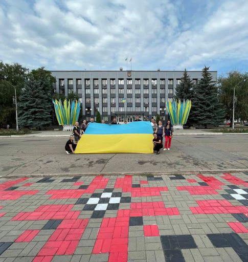 Донетчина: Обновили роспись на площади