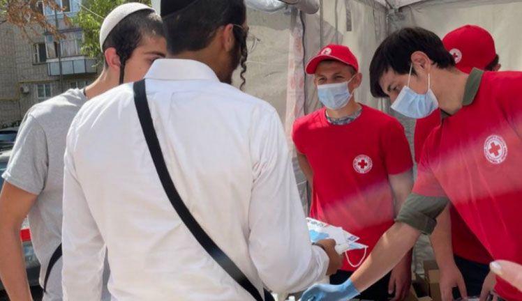 Черкащина: Хасидов обеспечили масками и антисептиками