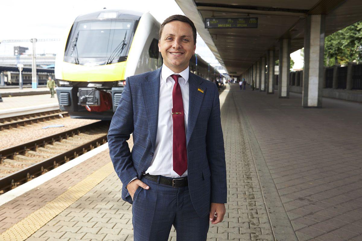 Владимир Крейденко: «Наконец железная дорога начнет обновляться с учетом потребностей пассажиров»