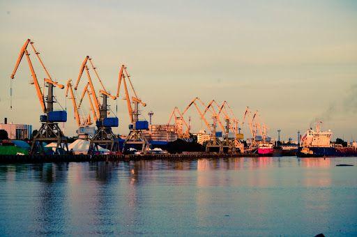 Одесса: Государство и бизнес строят морской причал