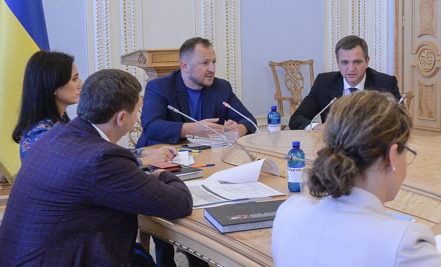 Заместитель председателя Комитета по вопросам гуманитарной и информационной политики Павел Сушко