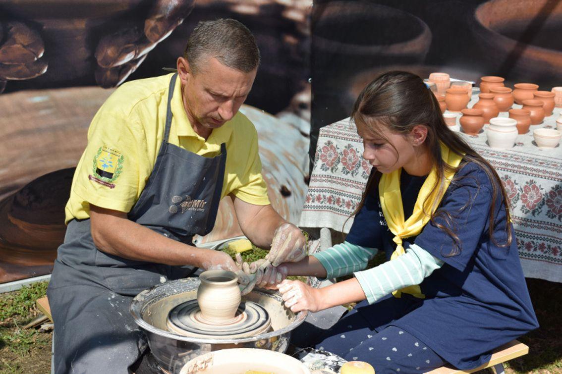 Донетчина: Историческая реконструкция приобщает к традициям