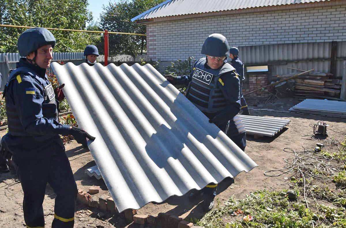 В Донецкой области продолжаются восстановительные работы