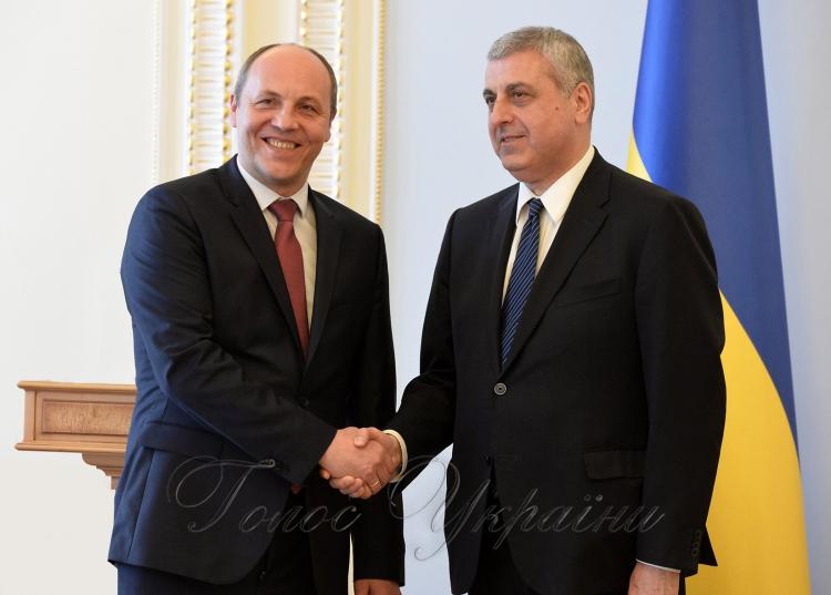 «Захист наших країн починається зУкраїни»,— віце-президентПА НАТО