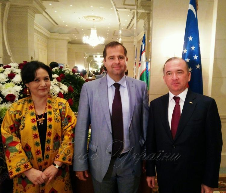 Картинки по запросу 25 років дипломатичні відносини Узбекистан Україна
