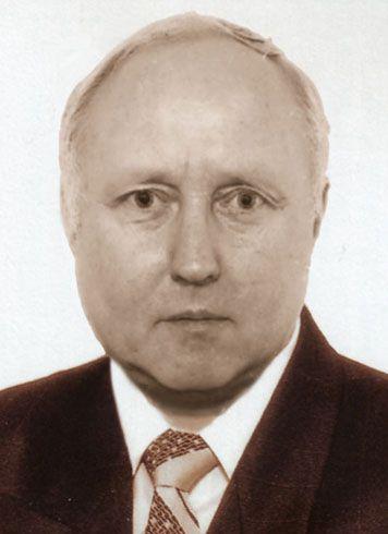 f8ab0c991d11c3 Діалог з ученим до чергової річниці прийняття Основного Закону України