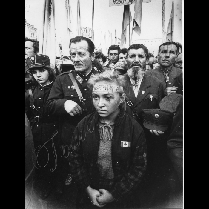 Літо 1990 року. Антиімперський мітинг на площі Б. Хмельницького