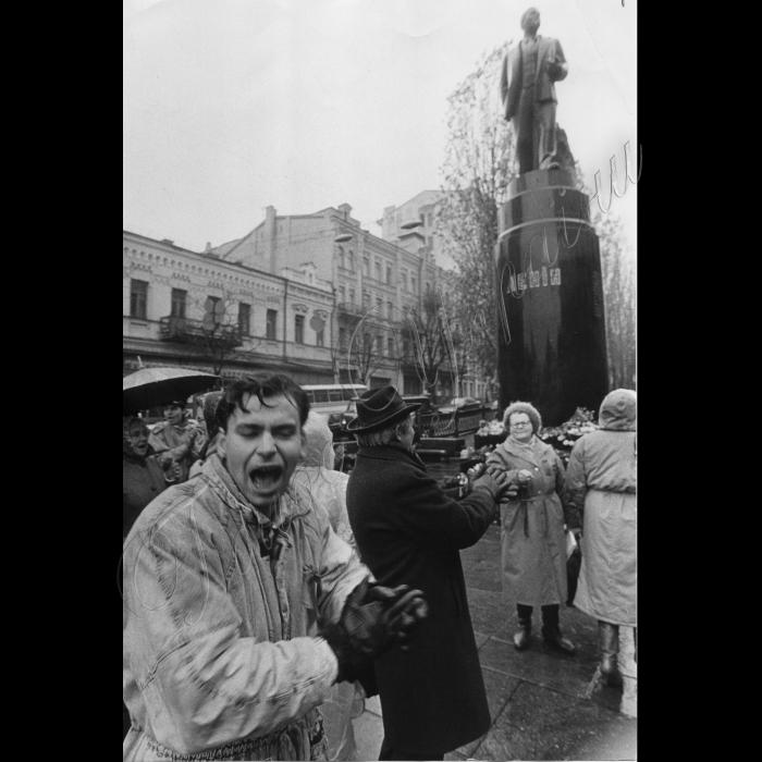 07.11.1993. Святкування 76 річниці Жовтневої Революції. Київ.