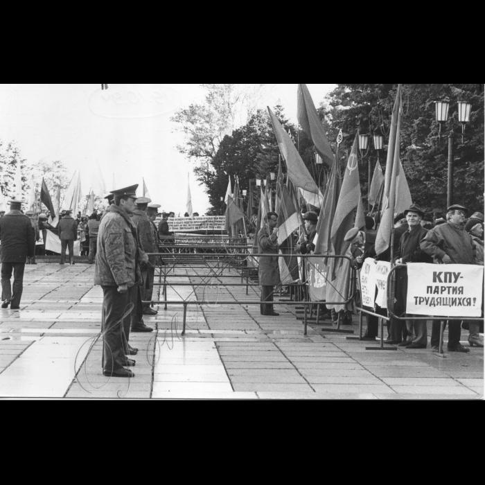 Мітинг біля ВР, міліція