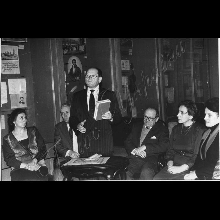 Презентація 2-х томного видання Г. Сковороди у музеї української літератури М. Жулинським