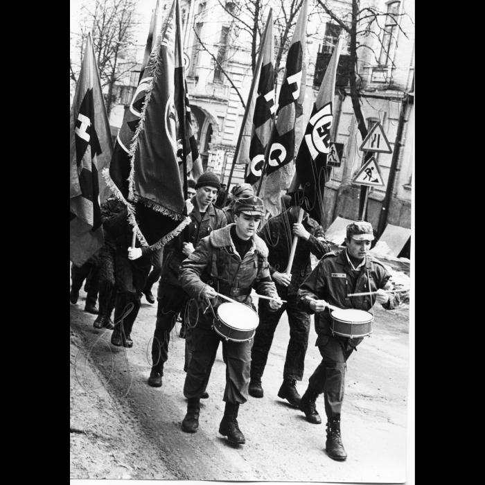 31.03.1996. Мітинг Руху. УНА-УНСО