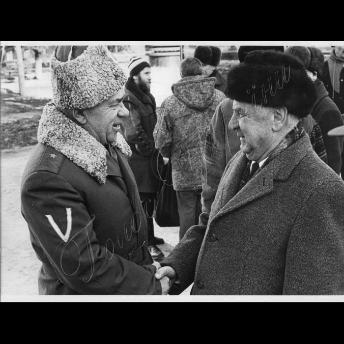 21.02.1997 Чеверков А.П. (ліворуч) і г.-л. Д.А. Іванов (праворуч) - голова