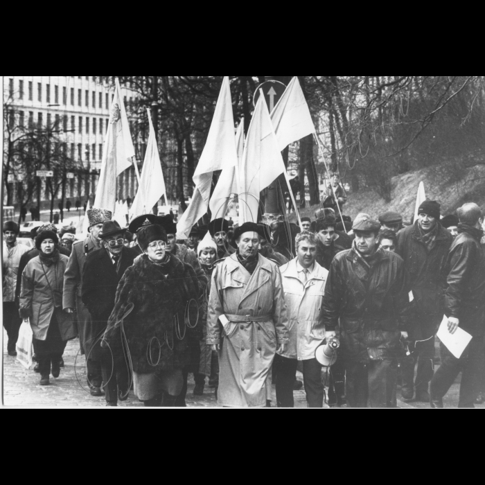 18.03.1997.  Мітинги біля ВР. В'ячеслав Чорновіл