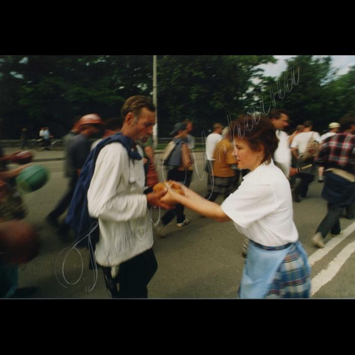 09.06.1998. Піший похід шахтарів на Київ.