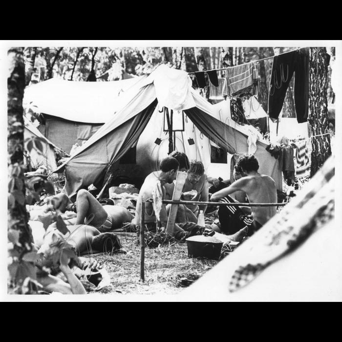 10.06.1998. Шахтарі під Київом.