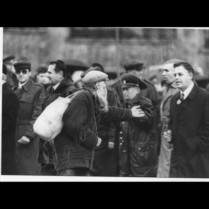 07.11.1998. Мітинг комуністів до Річниці Жовтневої революції, Симоненко