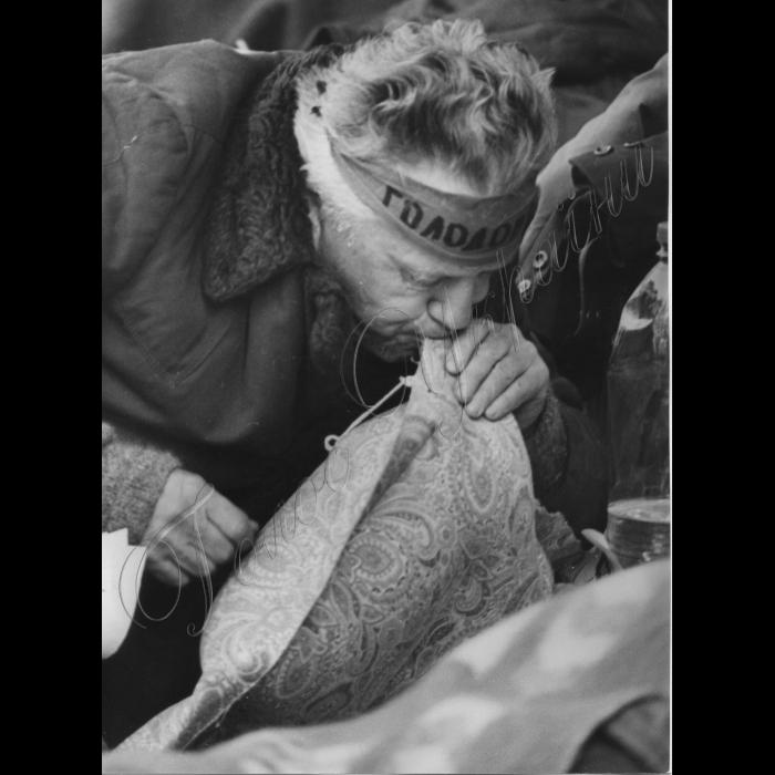 22.05.1999.  Пікетування шахтарів Луганська та Горлівки біля Міністерства вугільної промисловості.
