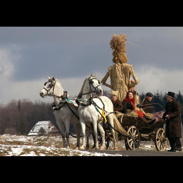 1 березня 2009 у Національному музеї народної архітектури та побуту України розпочнеться свято «Масниця».