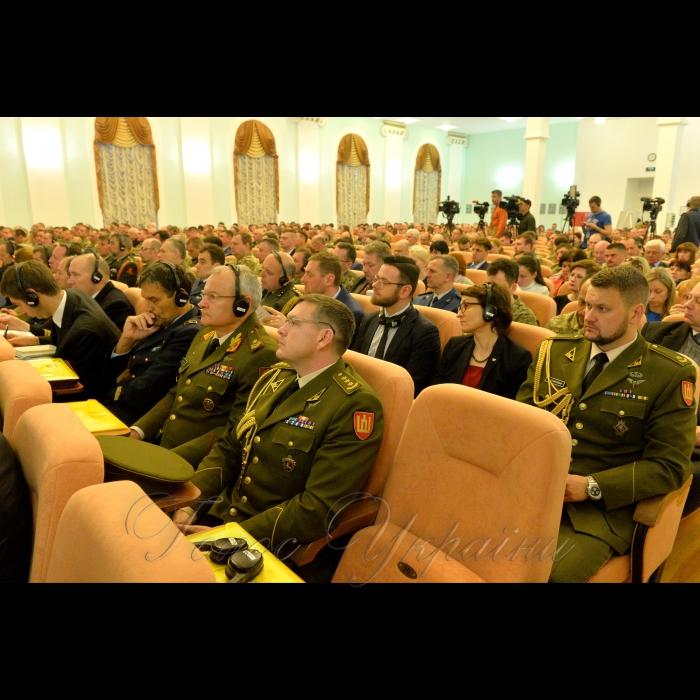У Національному університеті оборони України відкрився 15-й Міжнародний тиждень НАТО за темою «Переформатування позиції НАТО для реагування на виклики 21 сторіччя».