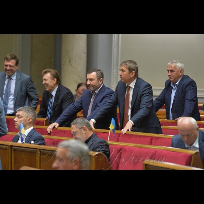 23 травня 2018 сесія Верховної Ради України. ОБ Шипко Андрій, Кулініч Олег.