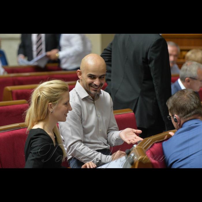 24 травня 2018 сесія Верховної Ради України. Світлана Заліщук, Мустафа Наєм-БПП.
