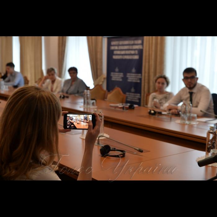 У стінах парламенту відбувся семінар «Етичні стандарти посадових та обраних осіб: США та країни Європи»