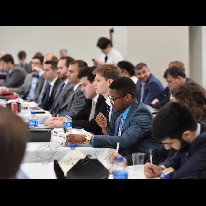 Рабочий визит Председателя Верховной Рады Украины Андрея Парубия в Соединенные Штаты Америки. Участие в международной конференции посвященной обсуждению насущных вопросов международной безопасности, связанных с агрессией РФ и общий итоговой брифинг