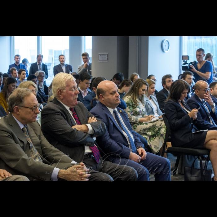 Робочий візит Голови Верховної Ради України Андрія Парубія  до Сполучених Штатів Америки  Участь у дискусії в Атлантичній раді (спільно зі спікерами парламентів Грузії та Молдови)