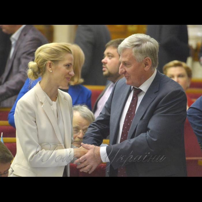 Сесія Верховної Ради України. Світлана Заліщук БП Микола Лаврик БП