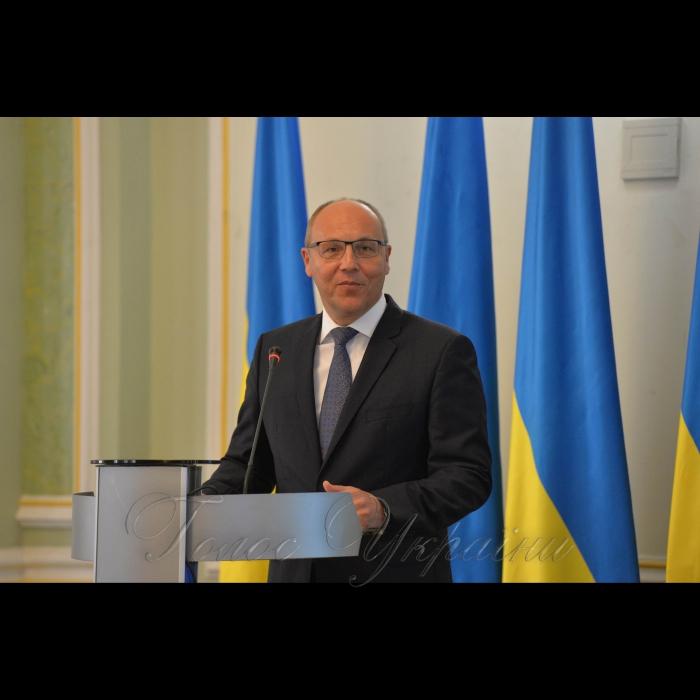 28 серпня 2018 у рамках XIII Наради керівників закордонних дипломатичних установ України відбувся виступ Голови Верховної Ради України Андрія Парубія