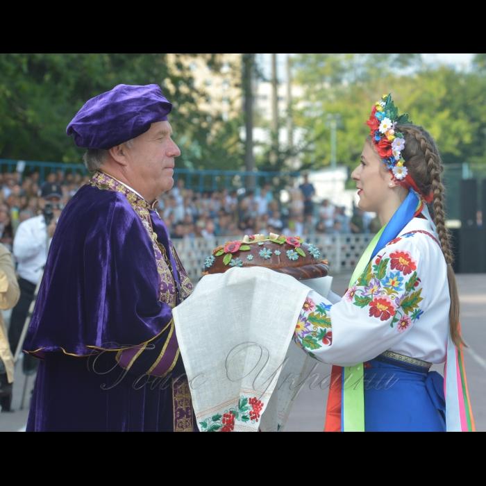2 вересня 2018 Днем знань університет розпочав свій 121-й навчальний рік. Ректор НУБіП Станіслав Ніколаєнко.