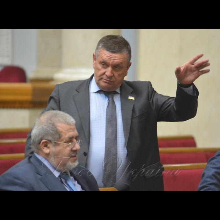 17 жовтня 2018 пленарне засідання Верховної Ради України. Рефат Чубаров, Федір Негой БП.