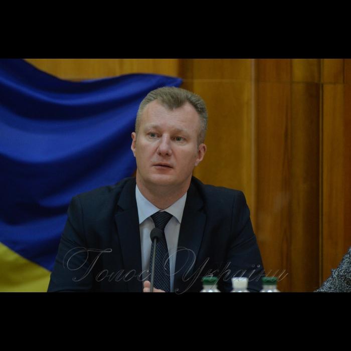 13 листопада 2018 пресконференція у ЦВК присвячена 21-річчю з дня створення Центральної виборчої комісії. Член ЦВК Євгеній Радченко.