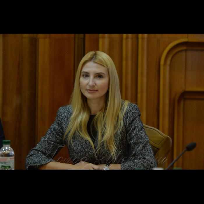 13 листопада 2018 пресконференція у ЦВК присвячена 21-річчю з дня створення Центральної виборчої комісії. Секретар ЦВК Наталія Бернацька.