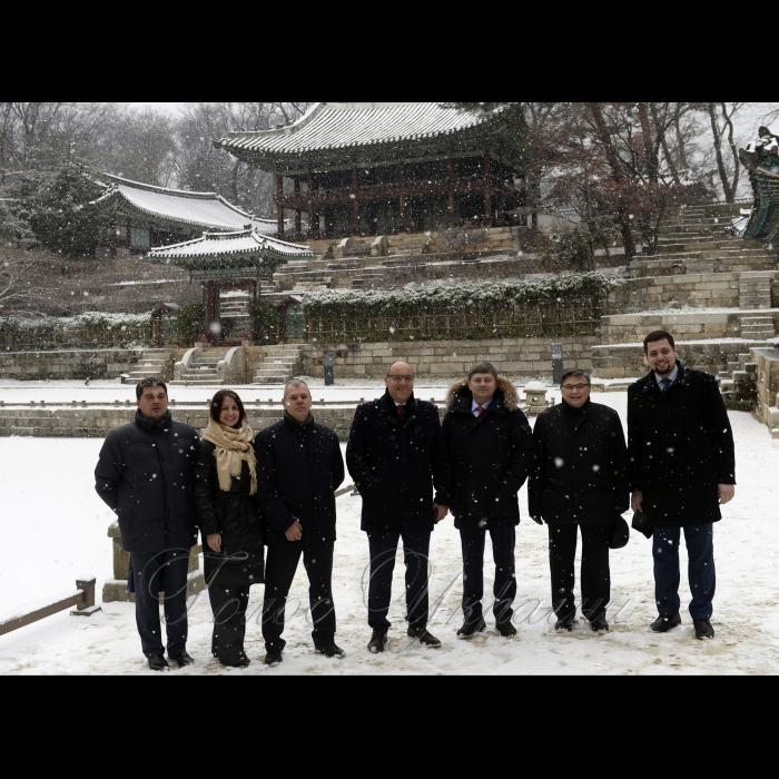Офіційний візит Голови Верховної Ради України Андрія Парубія до Республіки Корея. Огляд королівського палацу Чхандоккун (Всесвітня спадщина ЮНЕСКО)