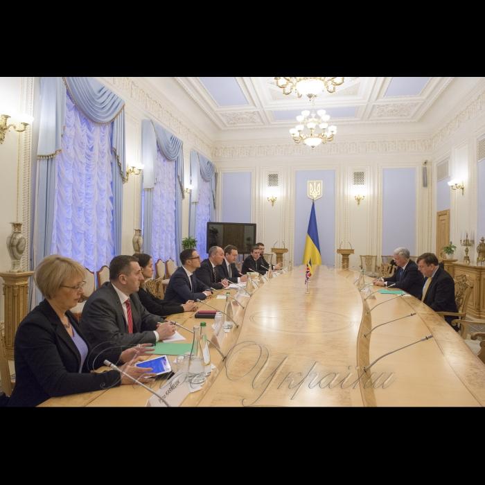 20 грудня 2018 зустріч Голови Верховної Ради України Андрія Парубія з делегацією Парламенту Сполученого Королівства Великої Британії та Північної Ірландії на чолі з Головою парламентської групи дружби з Україною Джоном Віттінгдейлом
