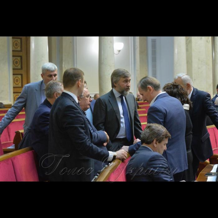 16 січня 2019 пленарне засідання Верховної Ради України. Голова Верховної Ради України А. Парубій, відкривши ранкове пленарне засідання, нагадав, що 16 січня неофіційно називають Днем українських кіборгів.