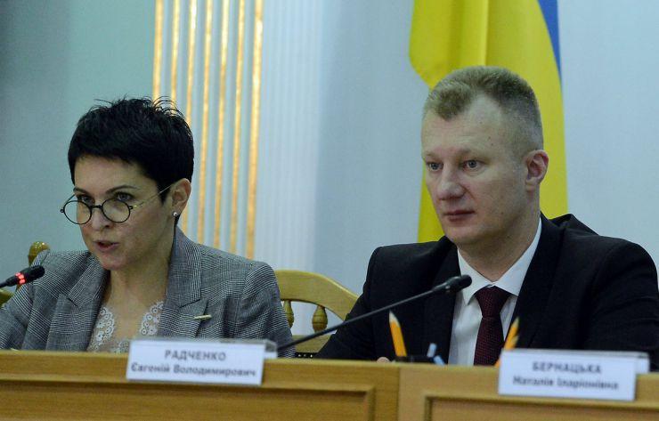 22 квітня 2019 відбулося чергове засідання Центральної виборчої комісії на якому розглянули ряд поточних питань, в тому числі прийняття та оголошення протоколів окружних виборчих комісій про підсумки повторного голосування 21 квітня 2019 року з чергових виборів Президента України 31 березня 2019 року.