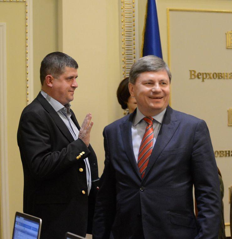 22 квітня 2019 засідання погоджувальної ради у Верховній Раді України. Максим Бурбак (НФ), Артур Герасимов (БП).
