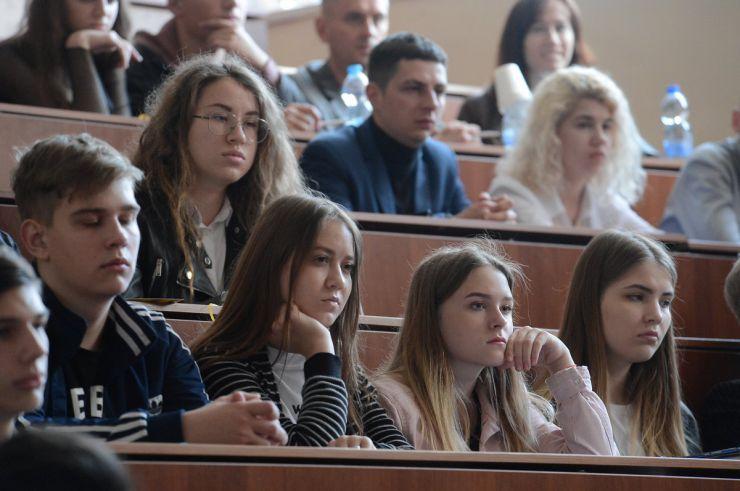 10 травня 2019 народний депутат України Віктор Чумак під час Національного дебатного турніру з політичних реформ (виборча, антикорупційна та реформа політичних фінансів) на тему